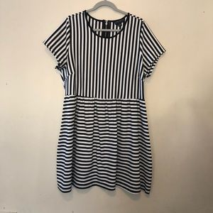 Forever 21 Dress Size 3x (B2)
